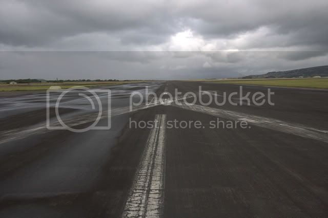 Airport072CR2.jpg