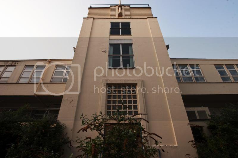 exteriorartdecoshots079copy.jpg