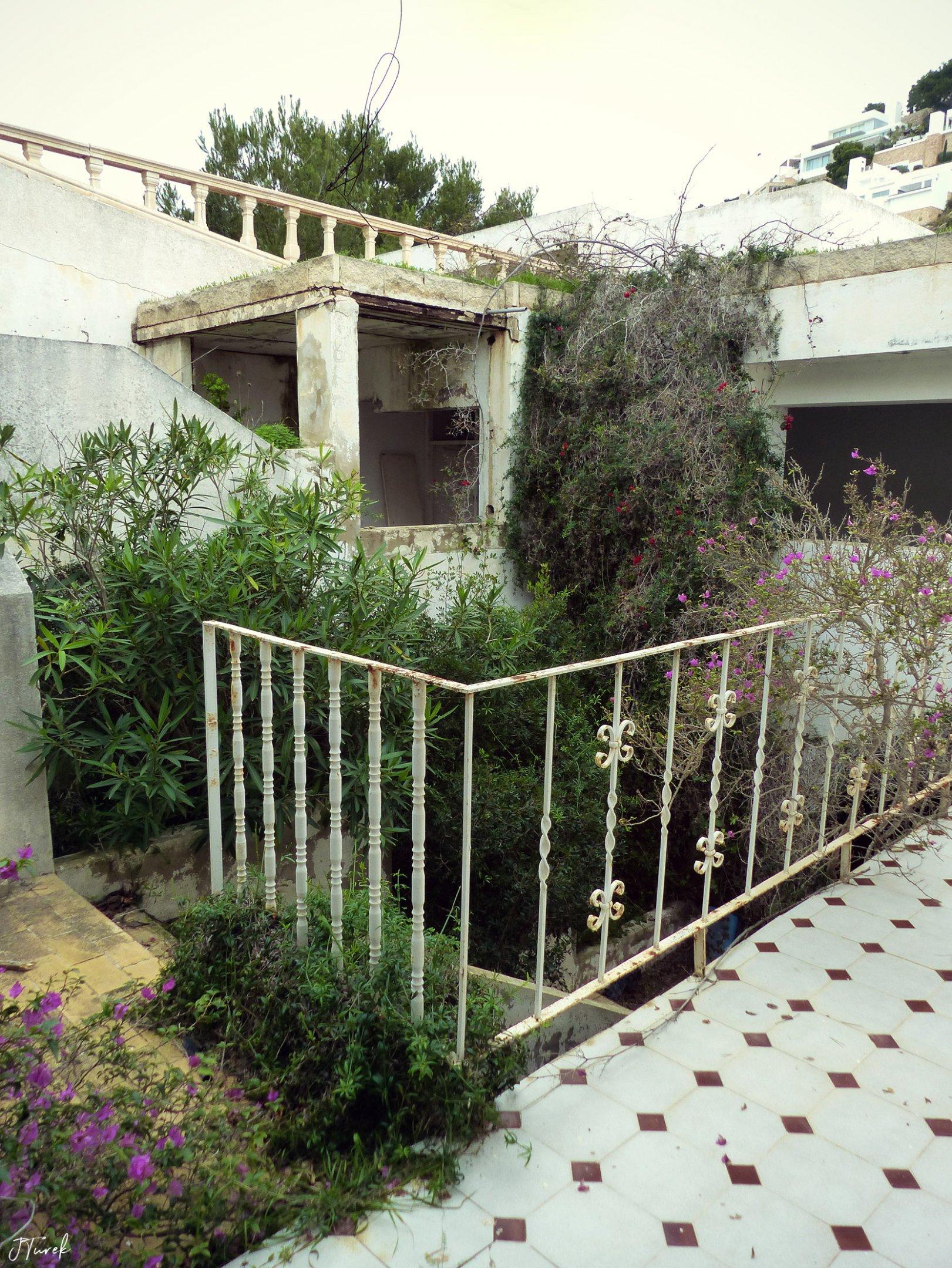 Ibiza Tile Villa 11.jpg