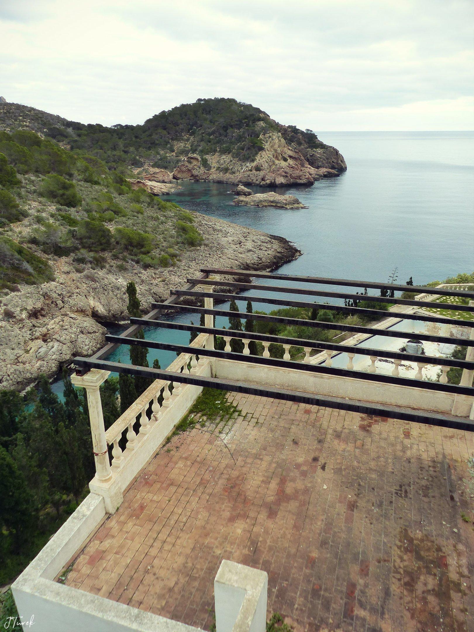 Ibiza Tile Villa 13.jpg