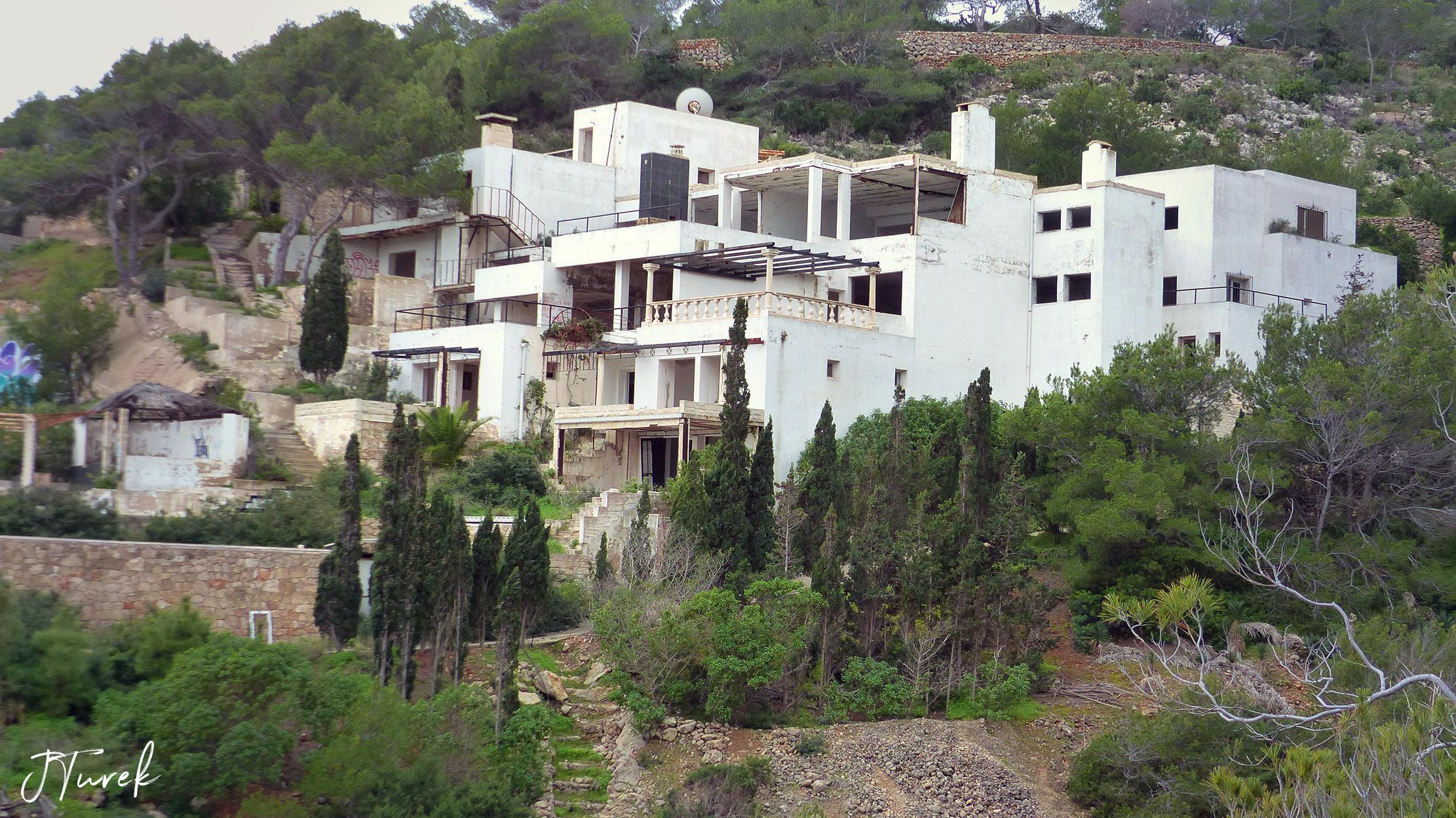 Ibiza Tile Villa 3.jpg