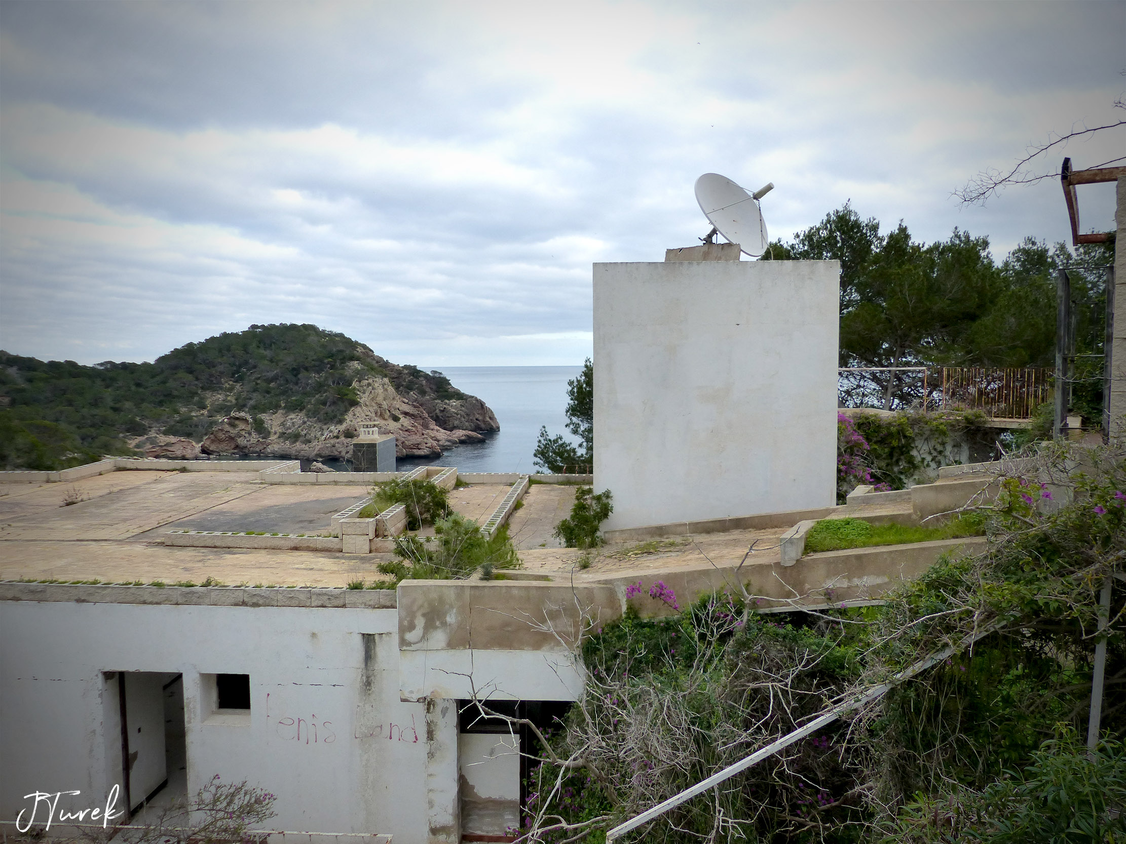 Ibiza Tile Villa 7.jpg