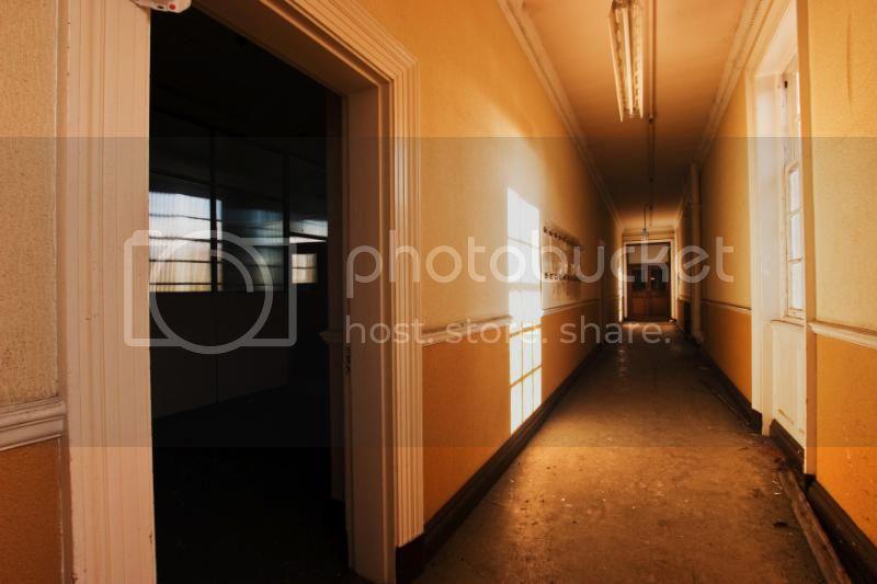 insideartdecofactory110.jpg
