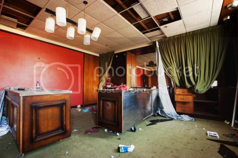 insideartdecofactory143.jpg