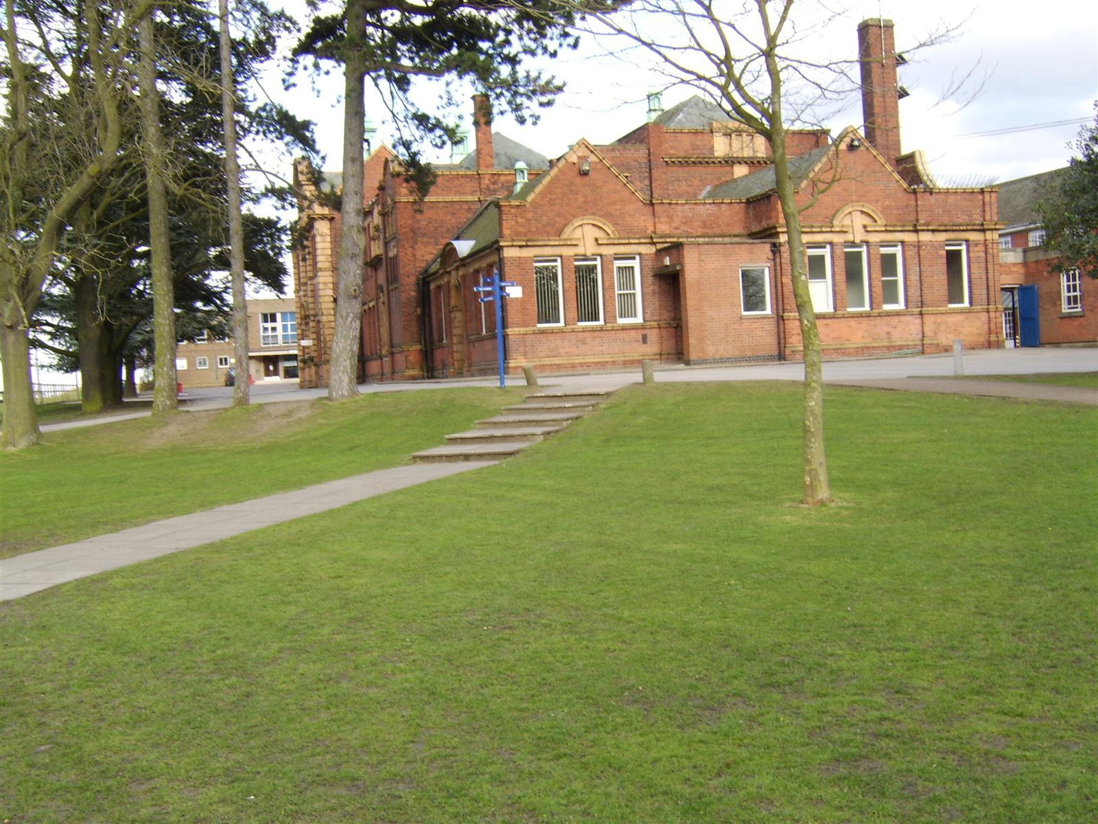 King_Edward_VII_School_-_Melton_Mowbray.jpg
