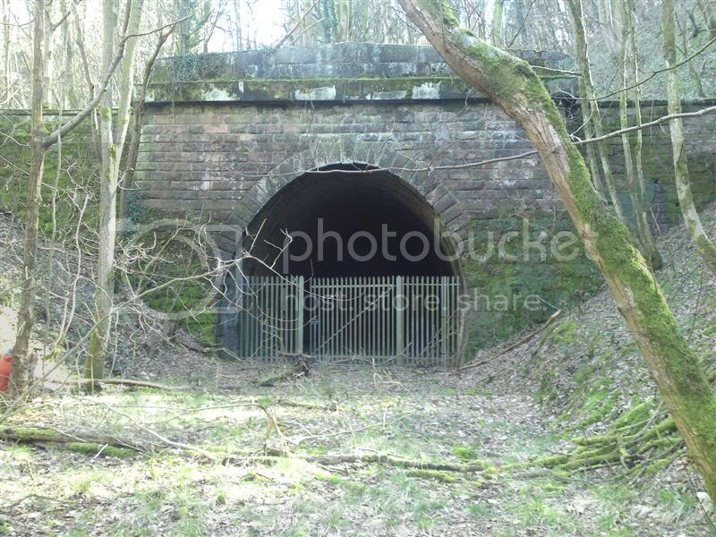 tunnelentranceii.jpg